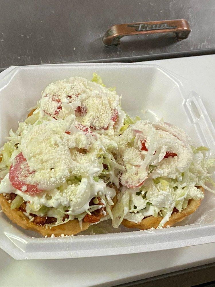 Las Delicias: 1123 W Jefferson St, Quincy, FL