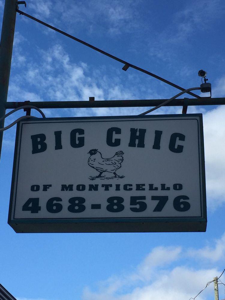 Big Chic: 229 W Greene St, Monticello, GA