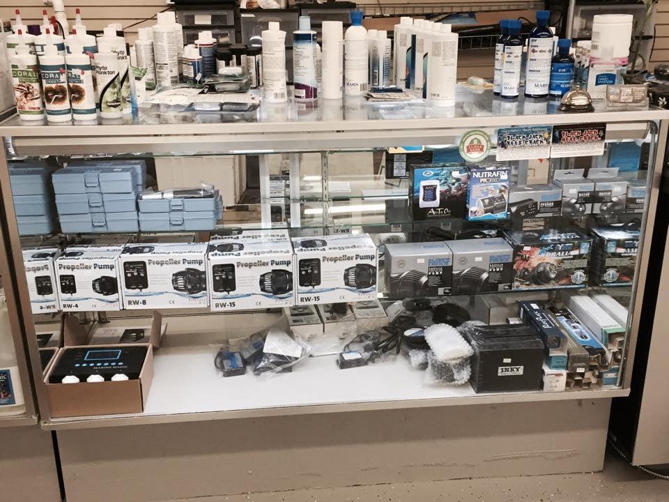 Aquariums Wholesale: 132 S Clairborne Rd, Olathe, KS