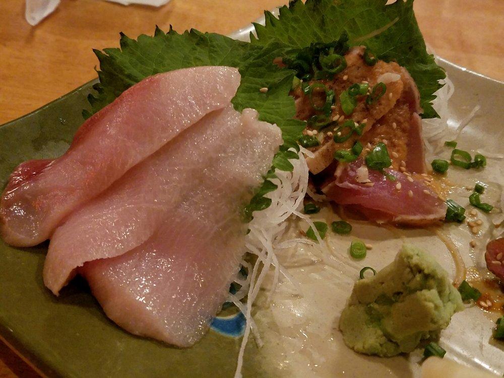 yellowtail sashimi with serrano peppers - 1000×750