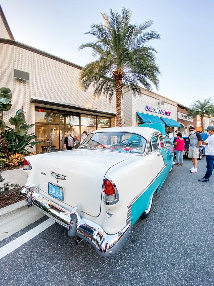 Sunset Walk: 3251 Margaritaville Blvd, Kissimmee, FL