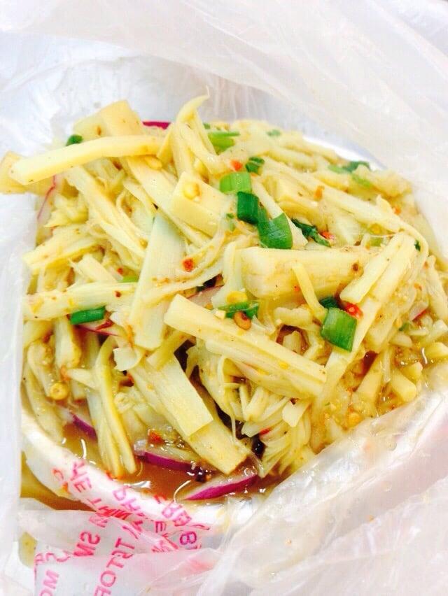 Kim thai food 137 photos 39 reviews thai 12727 for Authentic thai cuisine los angeles ca