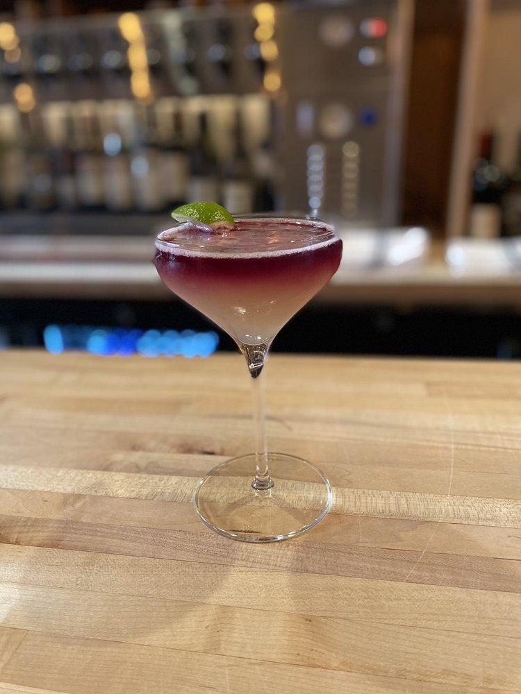 Ripple Wine Bar: 4 W Pike St, Covington, KY