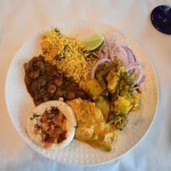 Photo Of Indian Harvest Naperville Il United States Lunch Buffet Uttapam