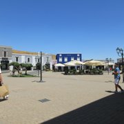Sicilia Outlet Village - 13 Fotos - Outlet - Contrada Mandre Bianche ...