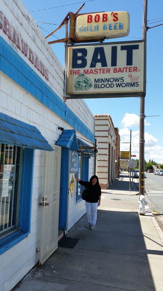 Bob's Bait Shop - 13 Photos & 13 Reviews - Seafood Markets ...