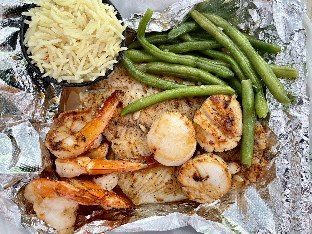 Monte's Fish Fry & Seafood Market: 2119 Whitesville Rd, Toms River, NJ