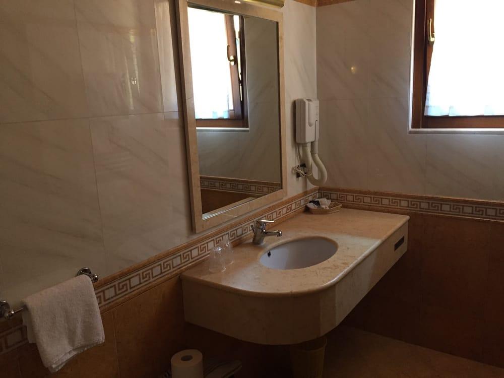 Bel Soggiorno - Hotel - Via Roma 19, Toscolano-Maderno ...