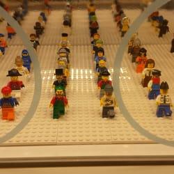 The Lego Store Fashion Show Mall Las Vegas Nv