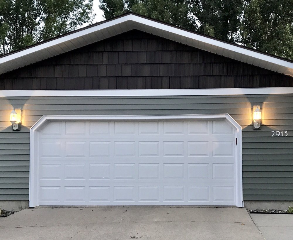 Twin City Garage Door: 324 Main Ave E, West Fargo, ND