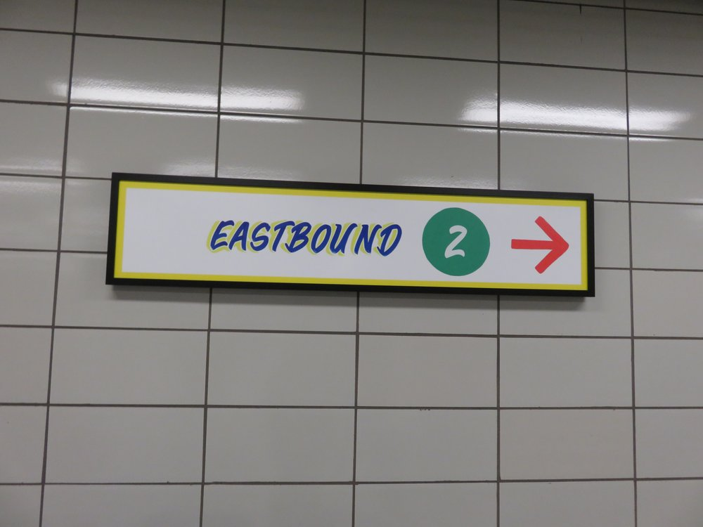 Bathurst Subway Station 74 Photos 11 Reviews Train Stations 819 B