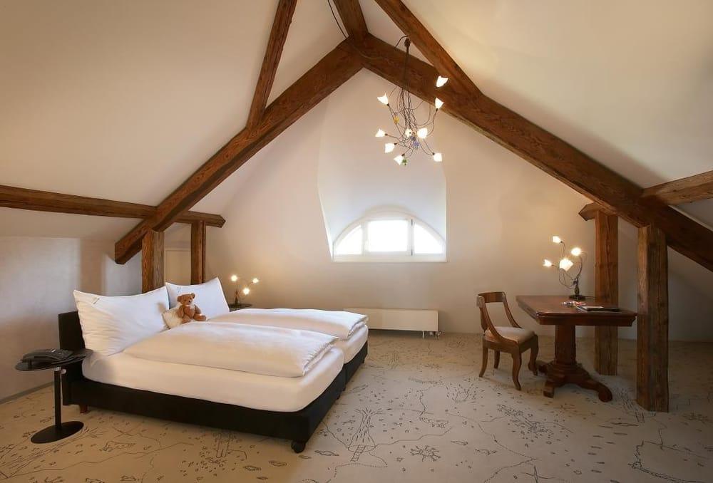 Romantik Hôtel de l'Ours - Sugiez