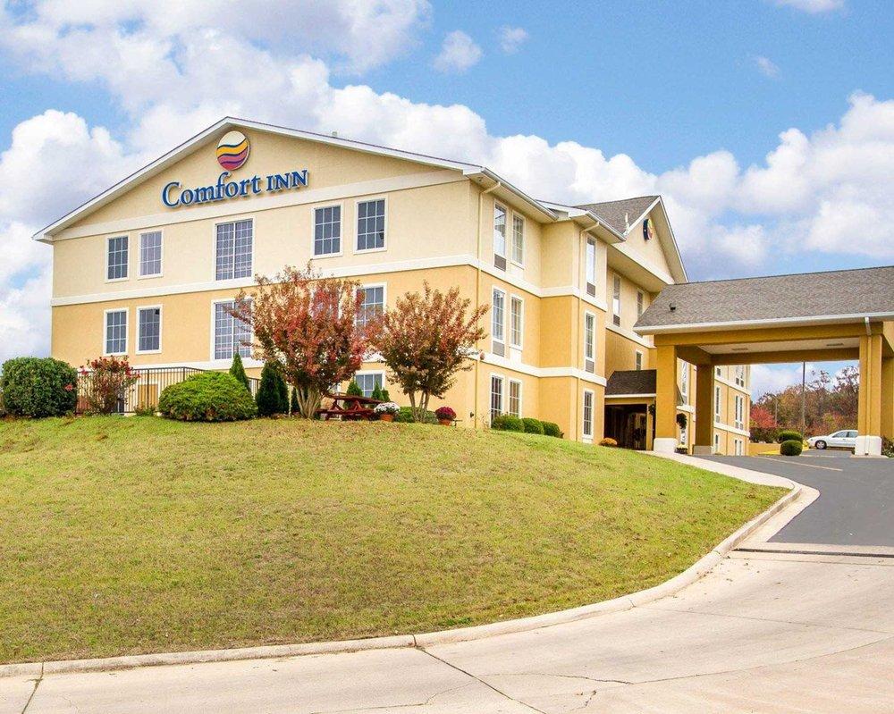Comfort Inn: 2582 N Westwood Blvd, Poplar Bluff, MO