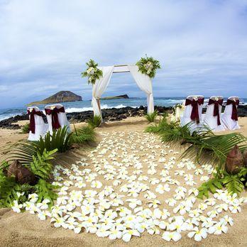 Photo Of Aloha Island Weddings Honolulu Hi United States Ceremony Set Up