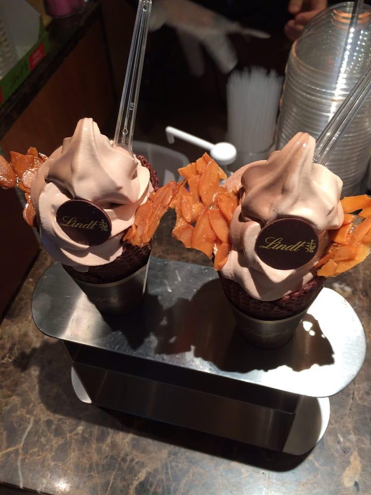 リンツ ショコラ カフェ 表参道店の画像