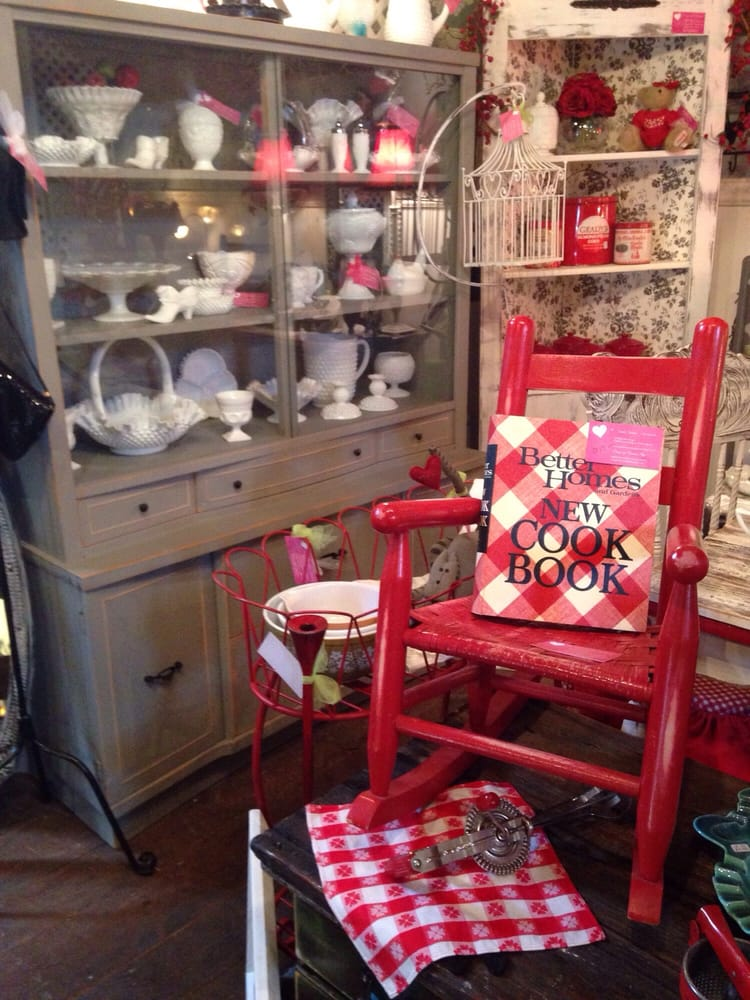 Blue Barn Shops: 33094 Center Ridge Rd, North Ridgeville, OH