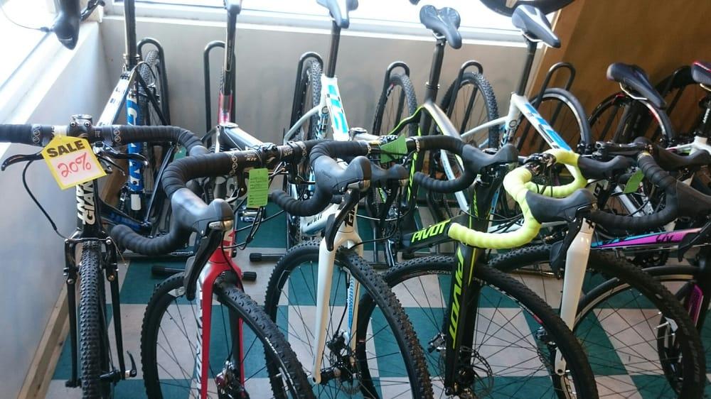 Coqui Cyclery