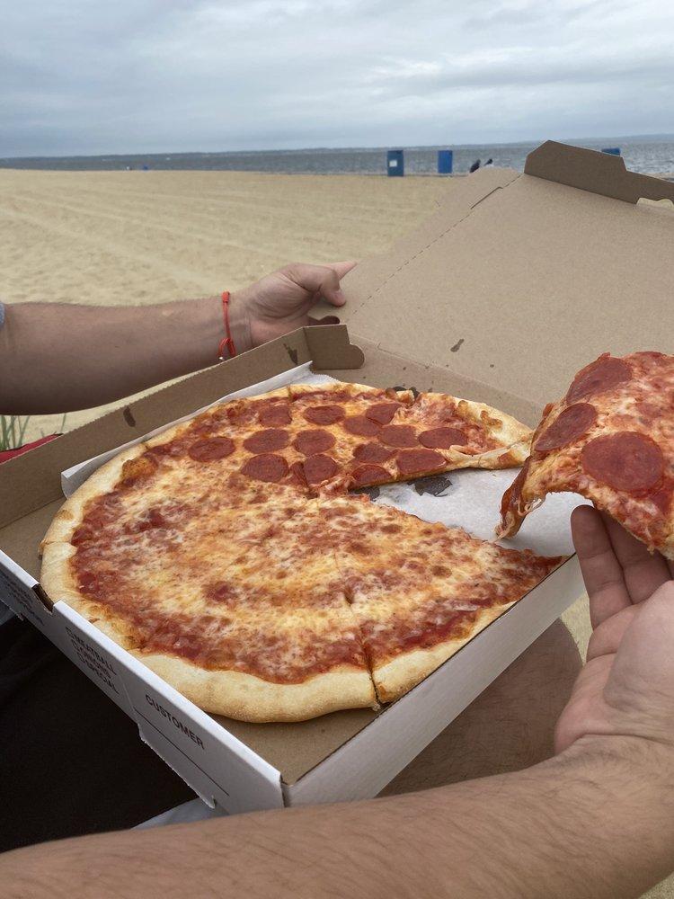 Roma Pizza: 214 Main St, Keansburg, NJ