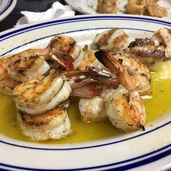 Astoria Seafood 1504 Photos 421 Reviews Market 37 10 33rd St Long Island City Ny United States Restaurant