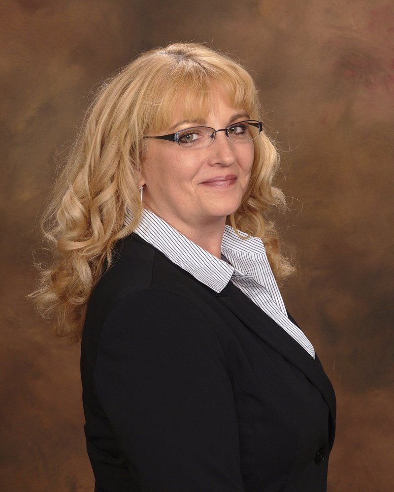 Deborah Taylor-RE/MAX Select Realty: 1761 Golden Mile Hwy, Monroevile, PA
