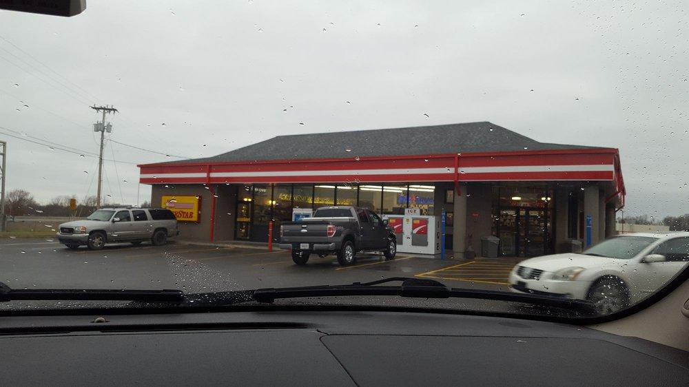 Fivestar Foodmart #1122: 406 Main St, Benton, KY