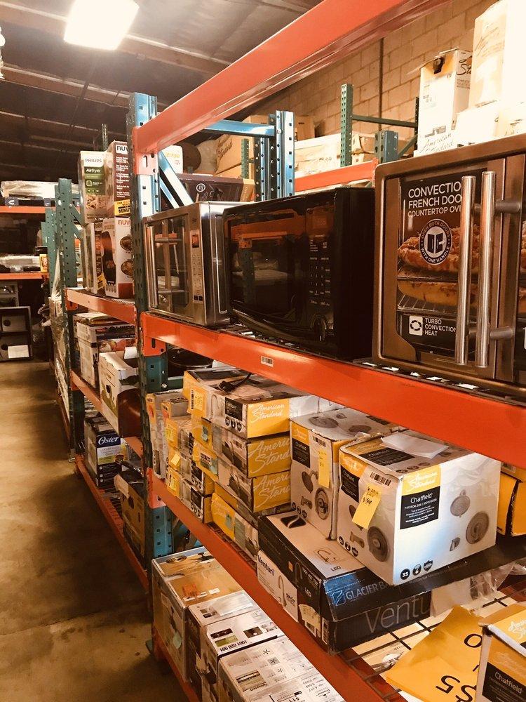 Outside The Box Deals: 546 Hofgaarden St, La Puente, CA