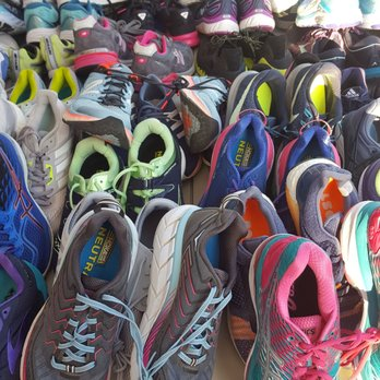 Road Runner Sports - 49 Photos   220 Reviews - Shoe Stores - 5617 ... 036464692b46
