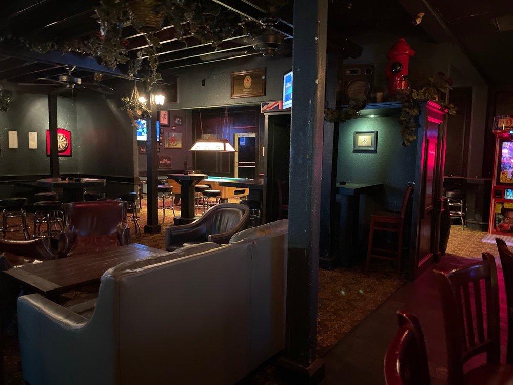The Golden Retriever Pub: 6960 Fm 1488, Magnolia, TX