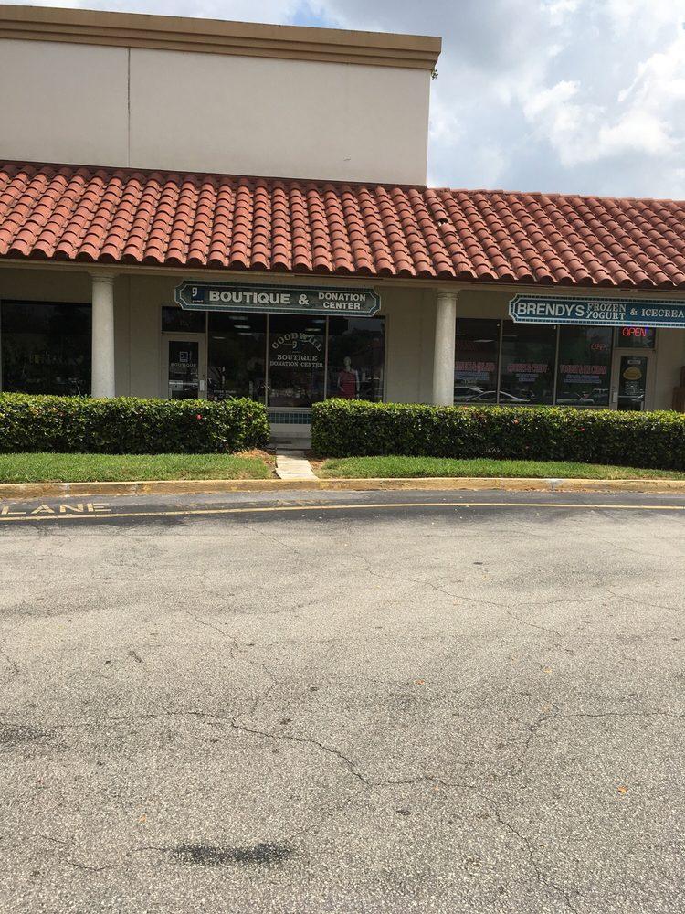 Goodwill Wellington Boutique & Donation Center: 13833 Wellington, Wellington, FL