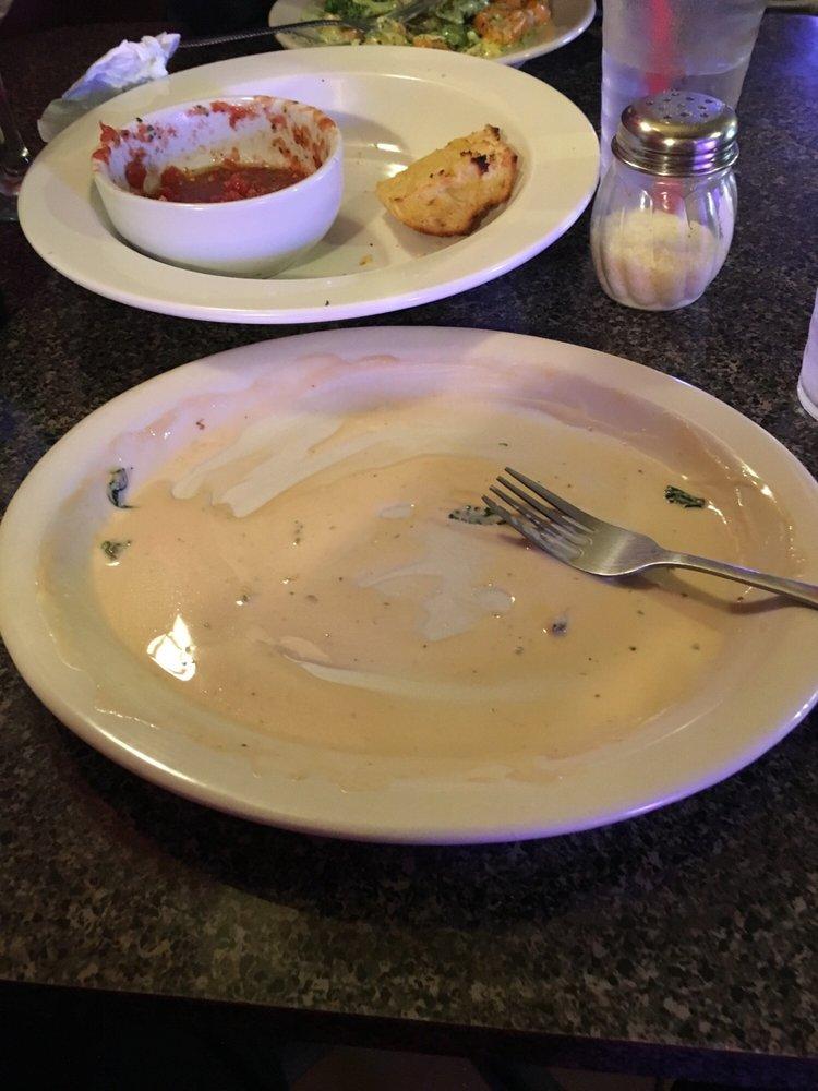 De Carlo's Italian Cafe: 127 E Main St, Neosho, MO