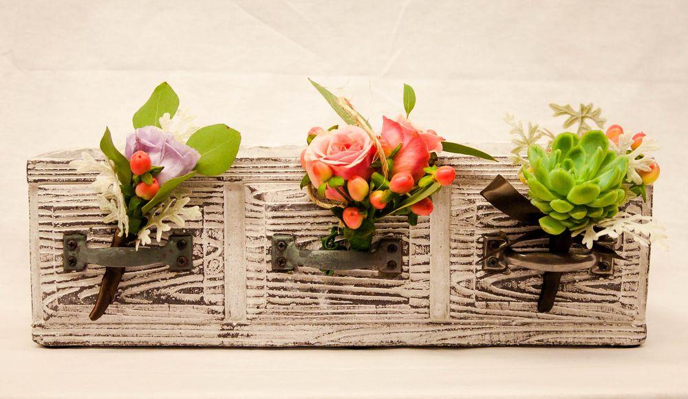 Campbell's Flowers & Greenhouses: 2728 N Elizabeth St, Pueblo, CO