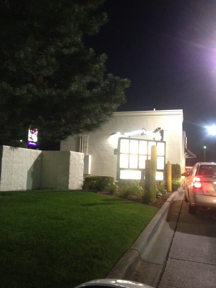 Taco Bell: 1004 North Euclid Ave, Bay City, MI