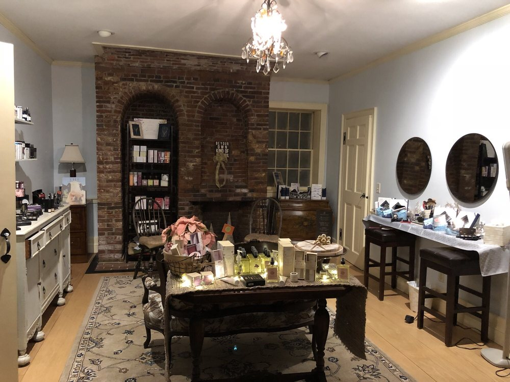 Sonja's Spa Spot: 9 Pleasant St, Exeter, NH