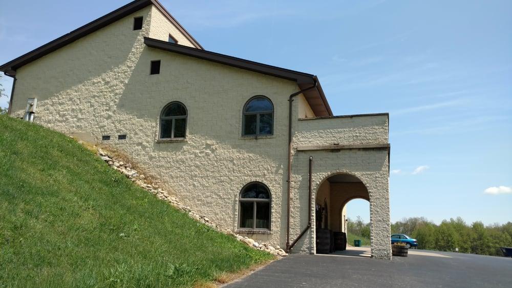 Ripepi Winery & Vineyard: 93 Van Voorhis Ln, Monongahela, PA