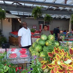 Fresh Thyme Farmers Market Promises A Bounty Of Natural And Anic Items