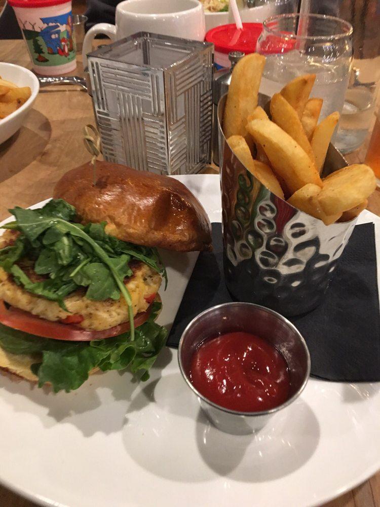 Bernie S Restaurant And Bar Hatboro
