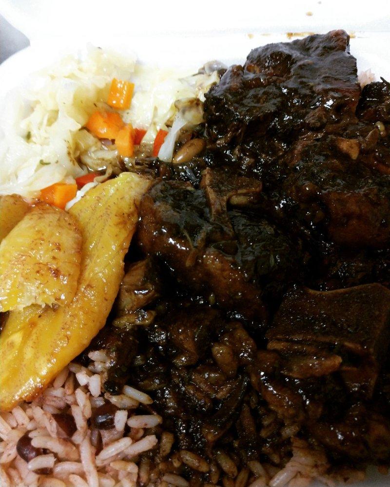 Jamaican Taste: 10219 Tara Blvd, Jonesboro, GA