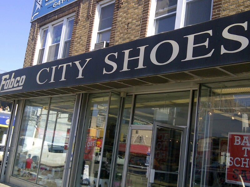 Richmond Hill Shoe Stores
