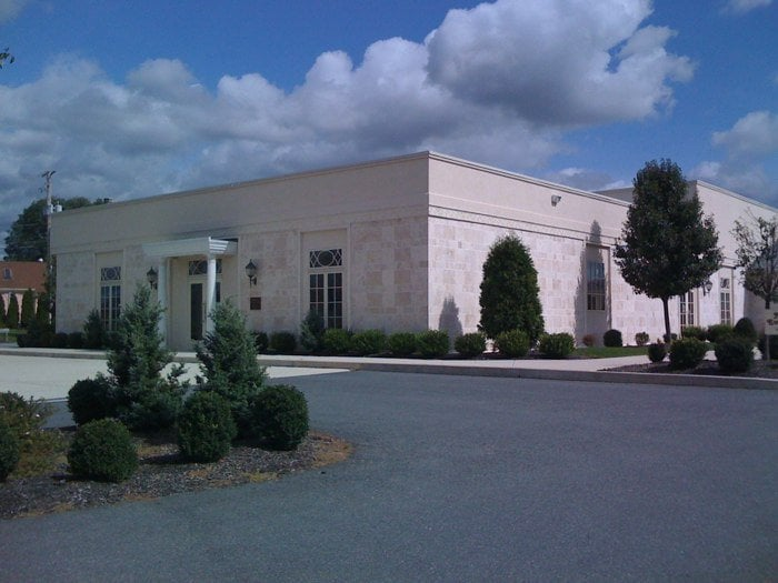 Partridge In A Pear Tree: 4140 Airport Rd, Allentown, PA