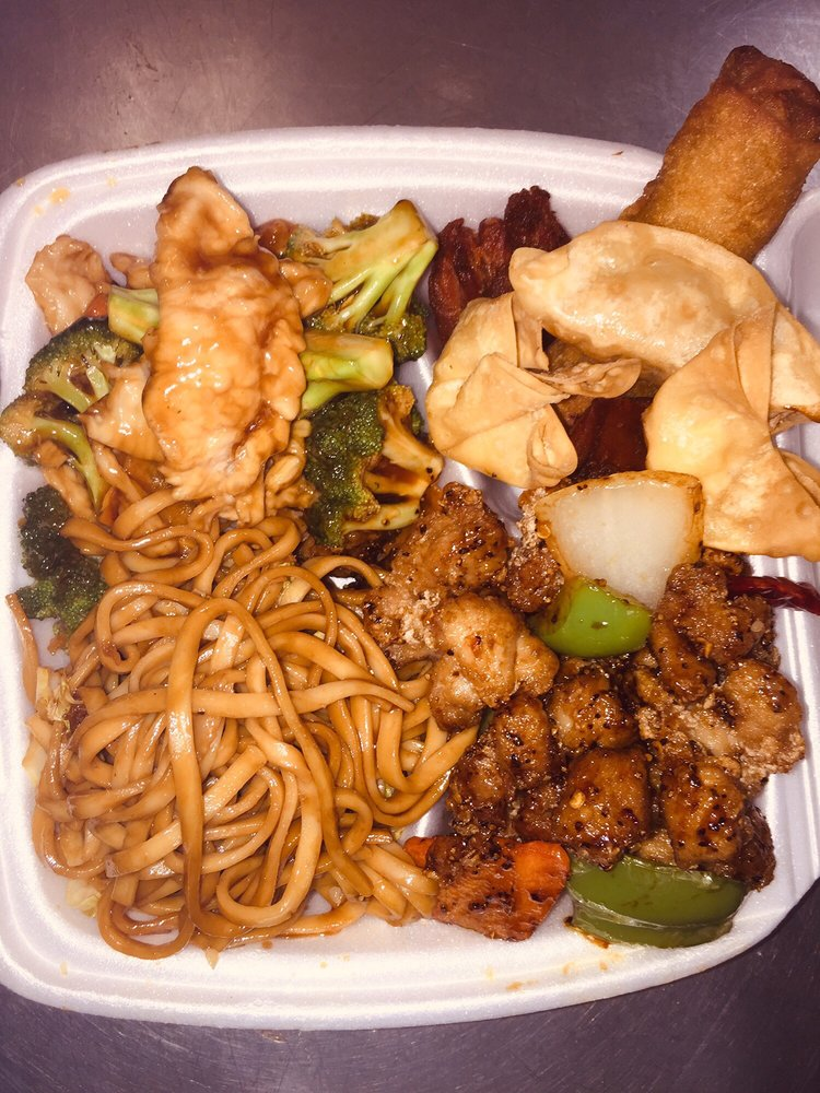 Great China Buffet: 1603 Stone St, Falls City, NE
