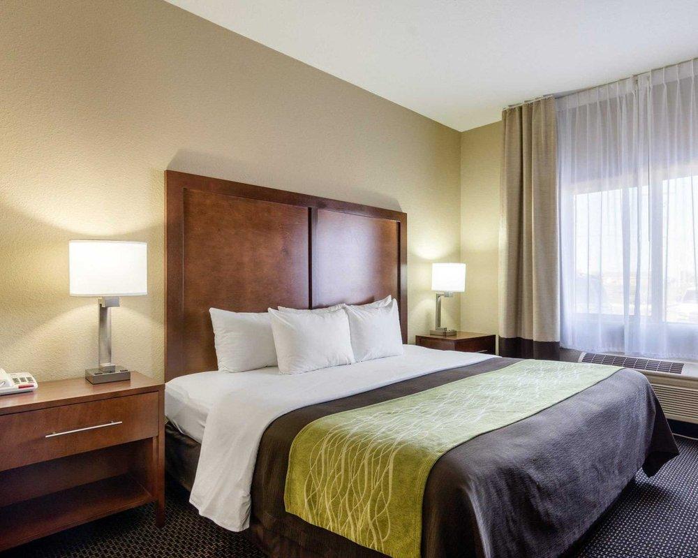 Comfort Inn: 2608 East Kansas Ave, Garden City, KS