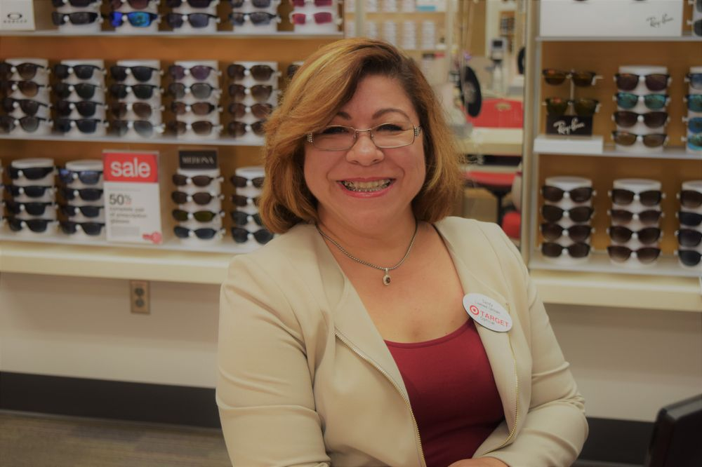 Sandy Salas, licensed optician and store manager - Yelp