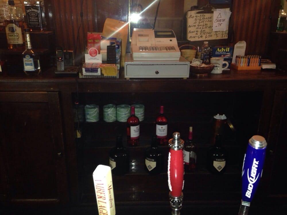 Madison Inn: 1325 W Turner St, Allentown, PA