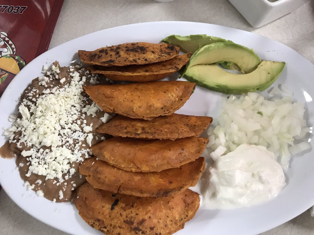 Restaurant La Esperanza: 10508 Airline Dr, Houston, TX