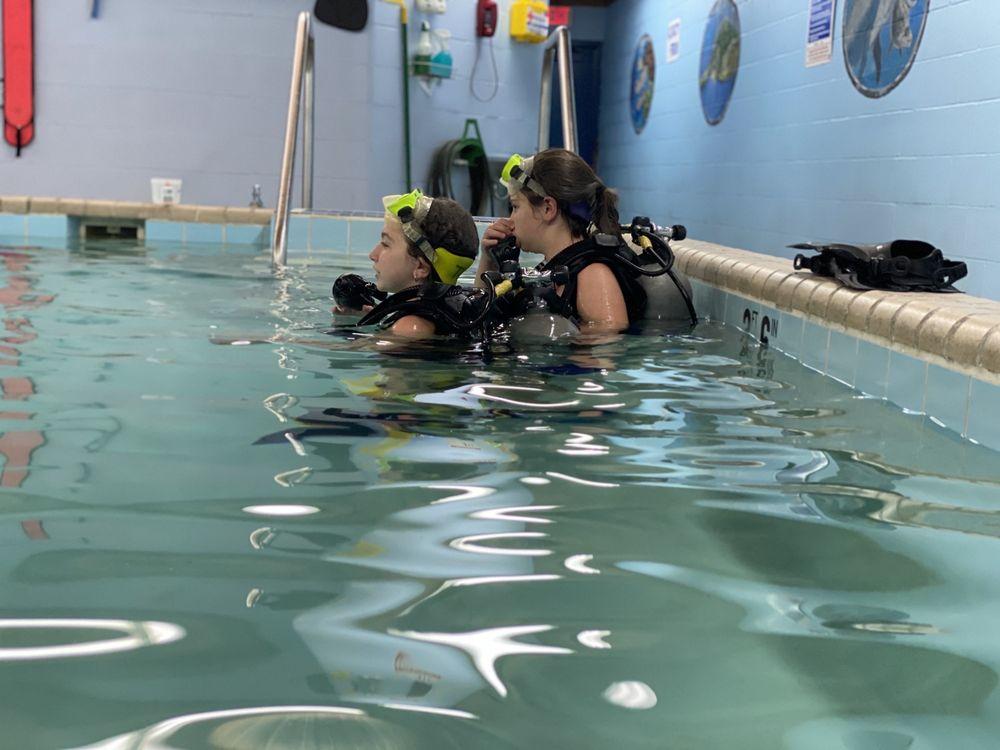 The Dive Shop: 4020 Corunna Rd, Flint, MI