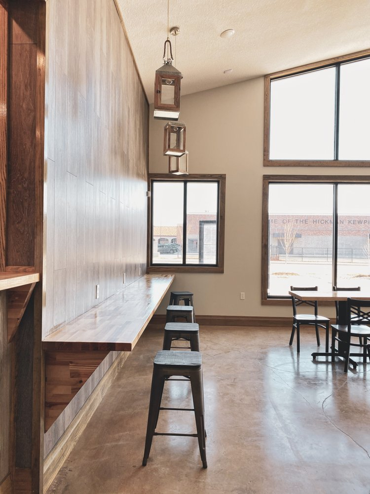 Aroma Coffee House: 1009 N Providence Rd, Columbia, MO