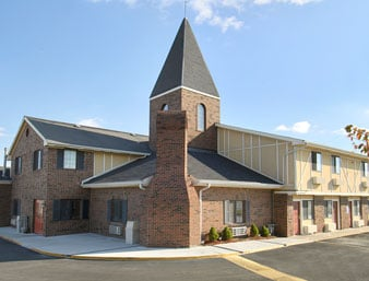 Days Inn by Wyndham Concordia: 301 Northwest 3rd Street, Concordia, MO