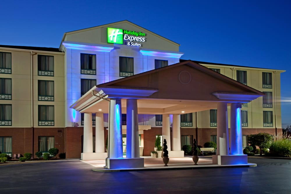 Holiday Inn Express & Suites Murray: 1504 N 12th St, Murray, KY
