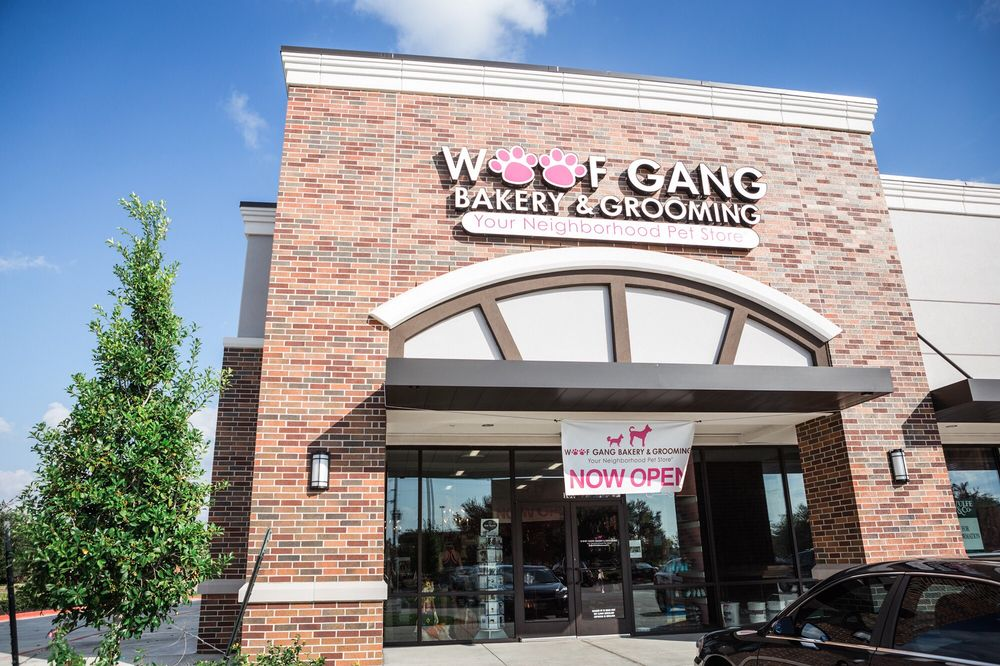 Woof Gang Bakery & Grooming Richmond: 9711 S Mason Rd, Richmond, TX