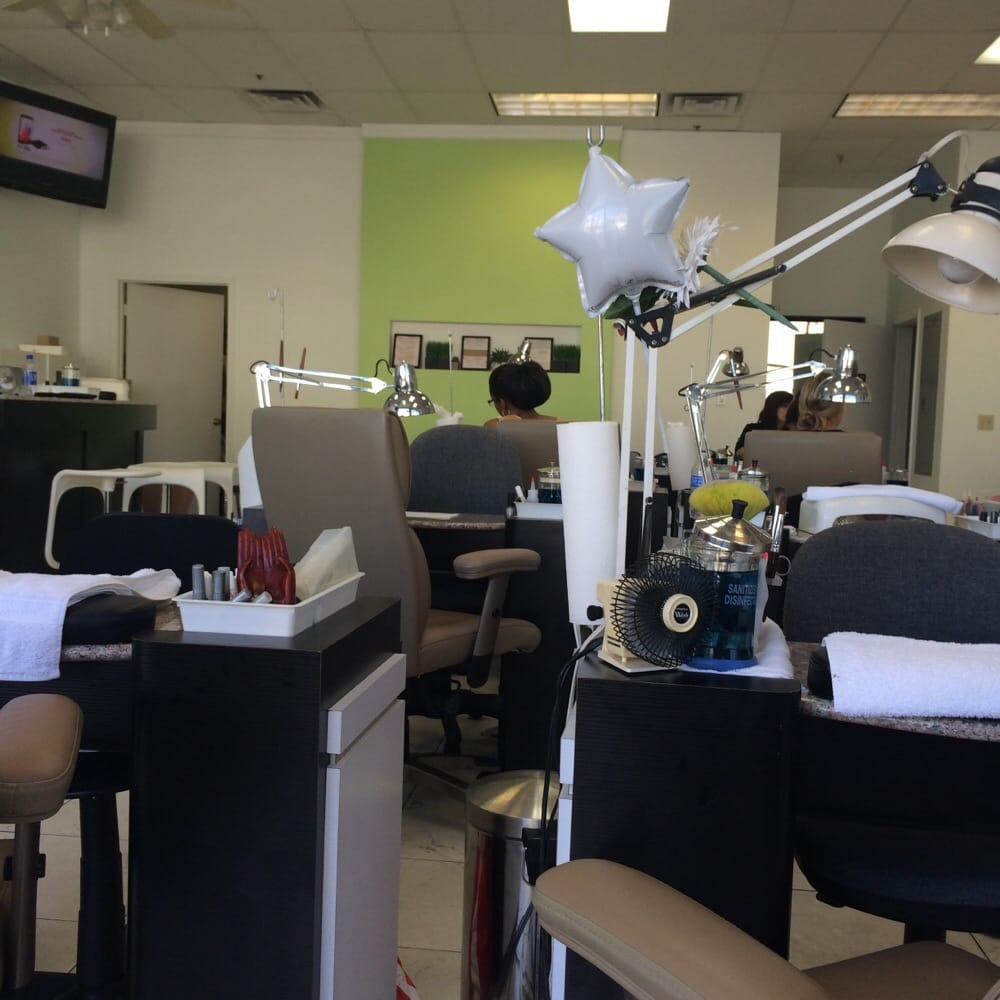 Dv nail salon nagelsalons 1747 e camelback rd for 24 hour nail salon las vegas nv